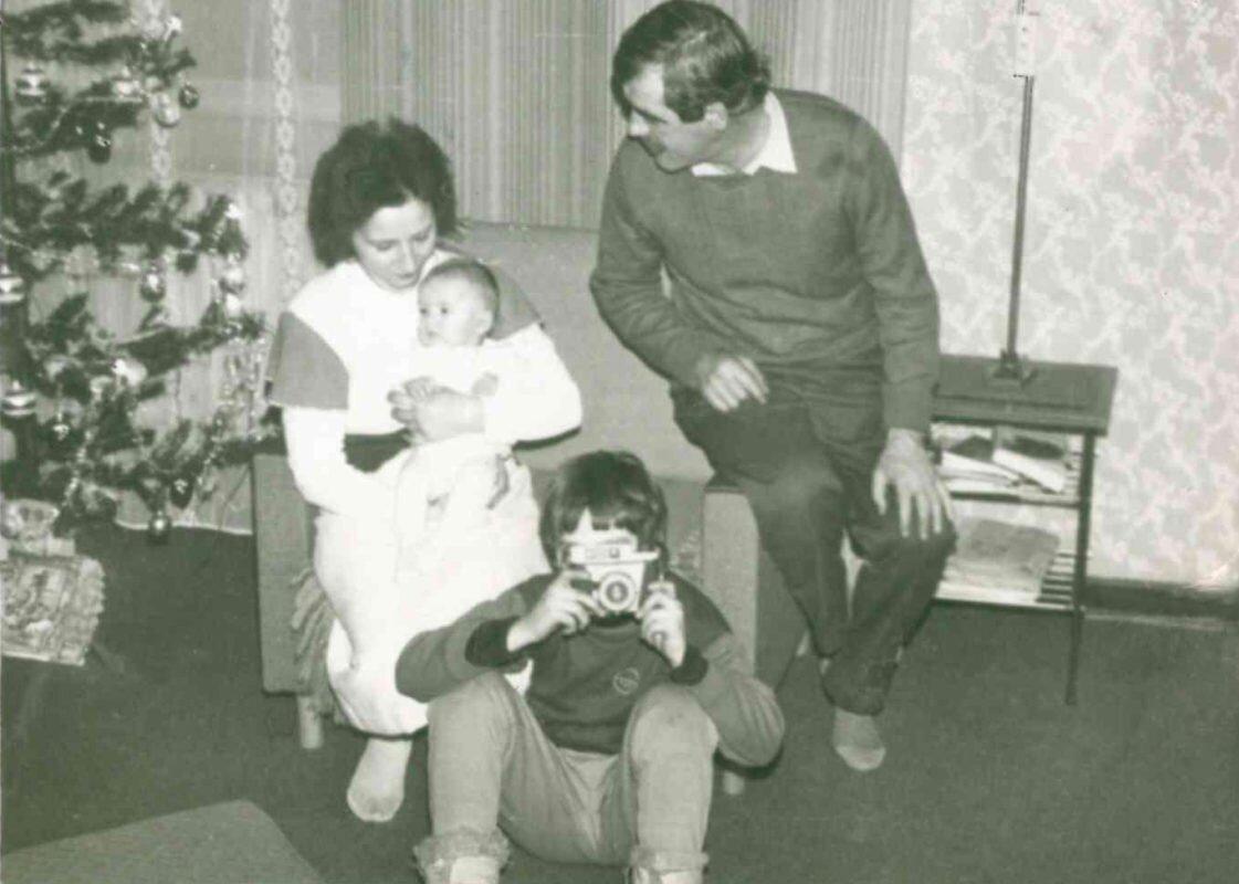 Z rodzicami i aparatem Ami
